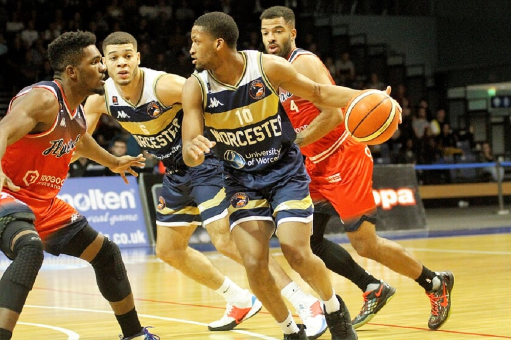 Worcester Wolves fight back to beat Bristol Flyers in BBL Cup