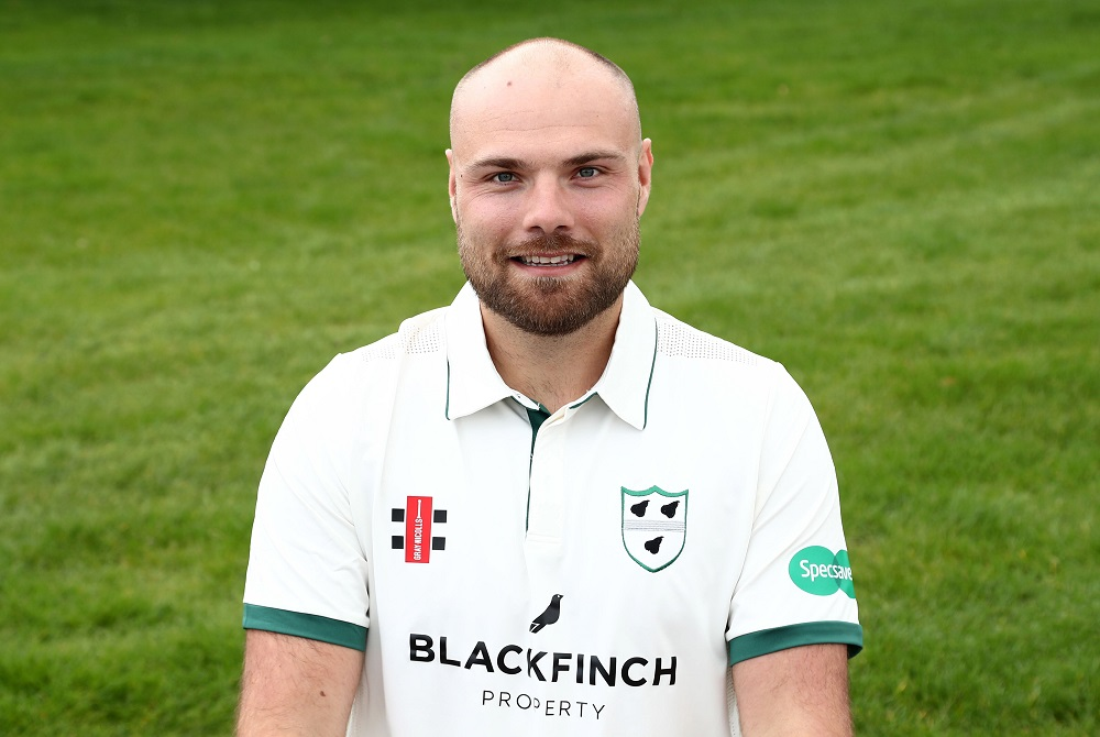 Worcestershire County Cricket Club captain Joe Leach signs contract extension