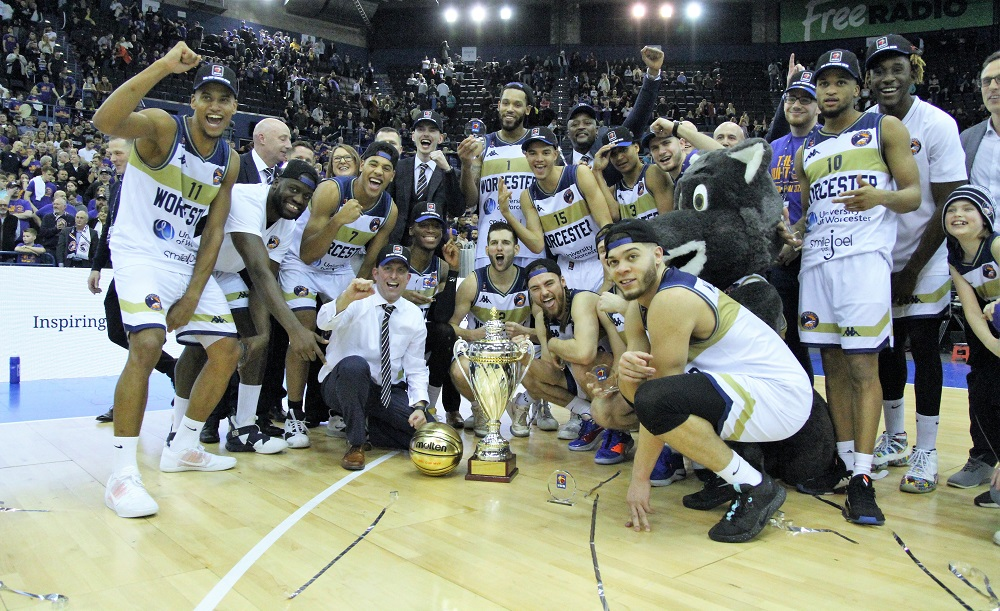 Worcester Wolves win the BBL Cup
