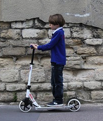 Woman calls for child scooters to be banned from use on pavement