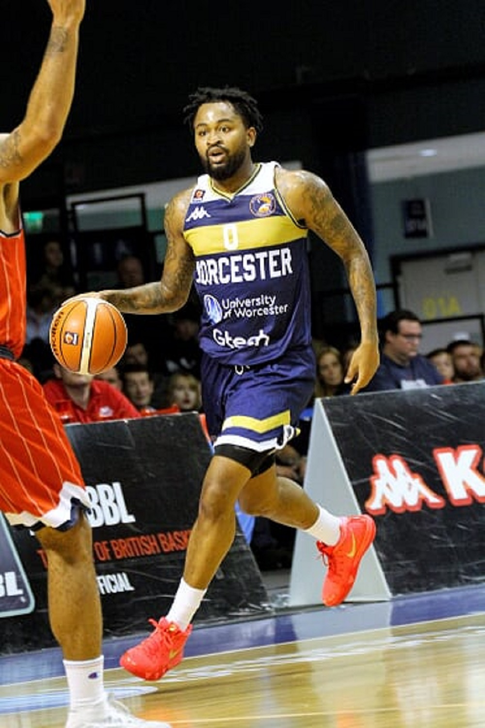 Worcester Wolves still bottom of table after defeat by Newcastle Eagles