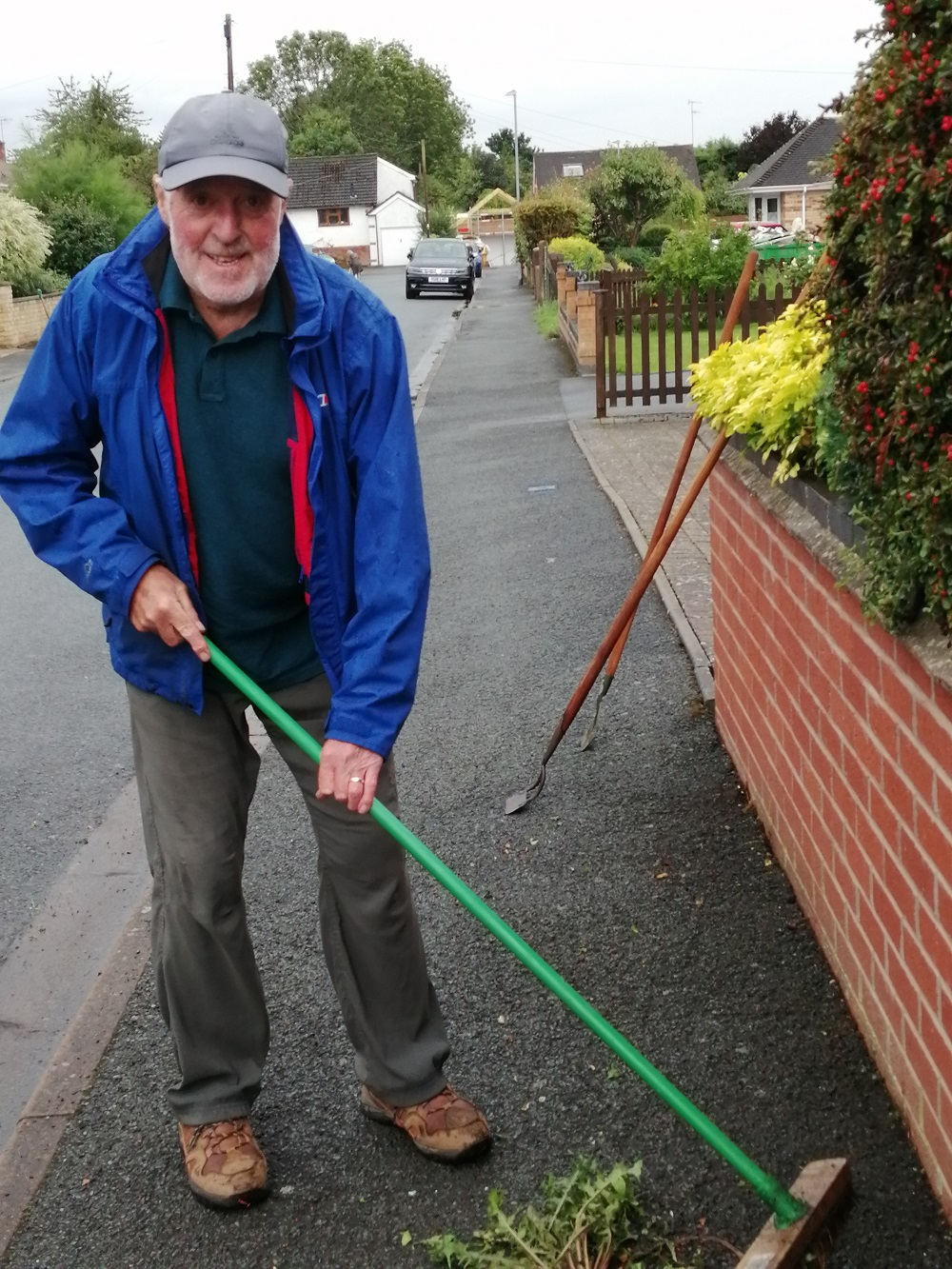 Residents roll up sleeves for Battenhall clean-up